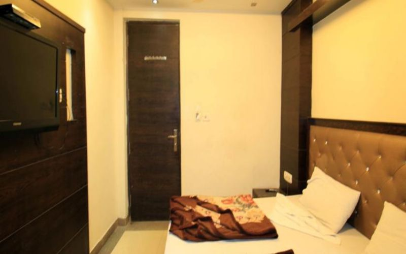 Hotel Chander Palace-image-7
